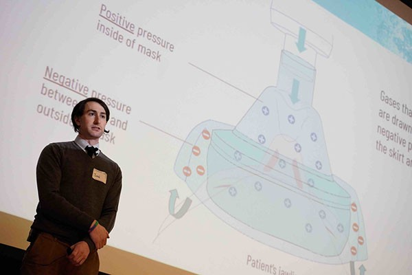 Sidney Kimmel Medical College student Jonathan Karp pitches Respiro at the B. PHL Innovation Fest.